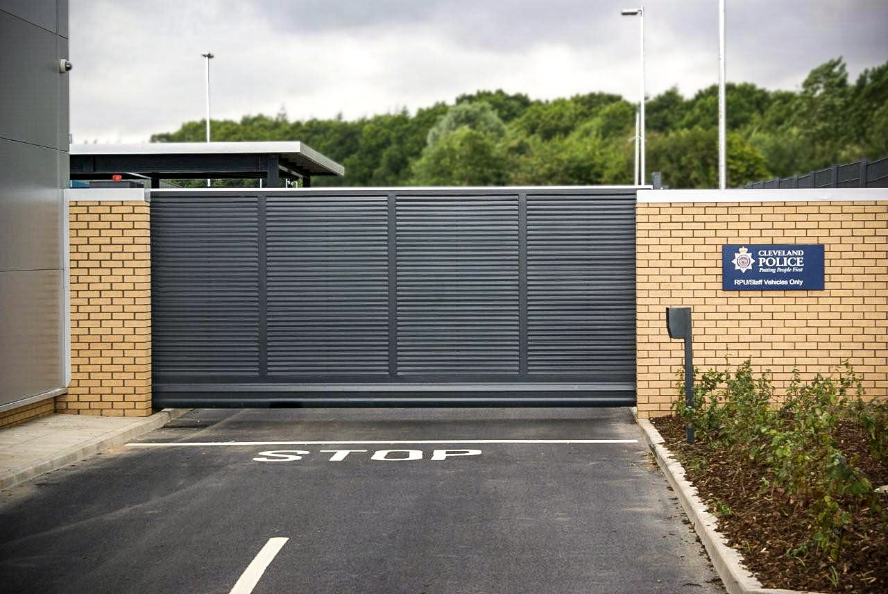 automatic sliding security gates