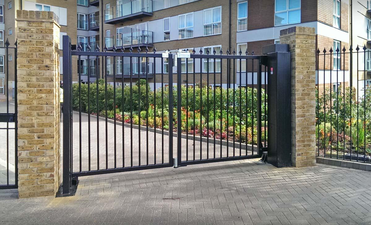automated bi-folding gates