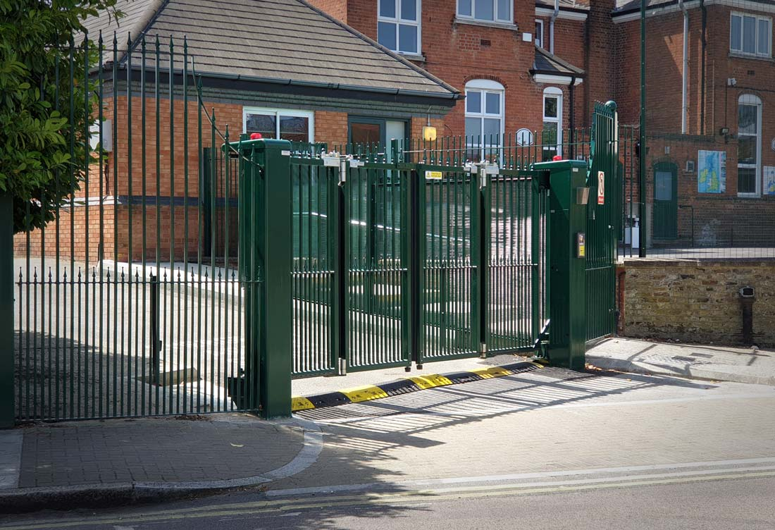 Bi-folding automated gates